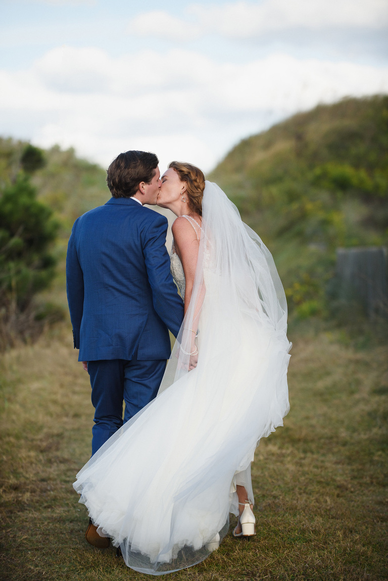 Outer Banks Destination Wedding Photographer Neil GT Photography Sanderling Resort Beach Ceremony