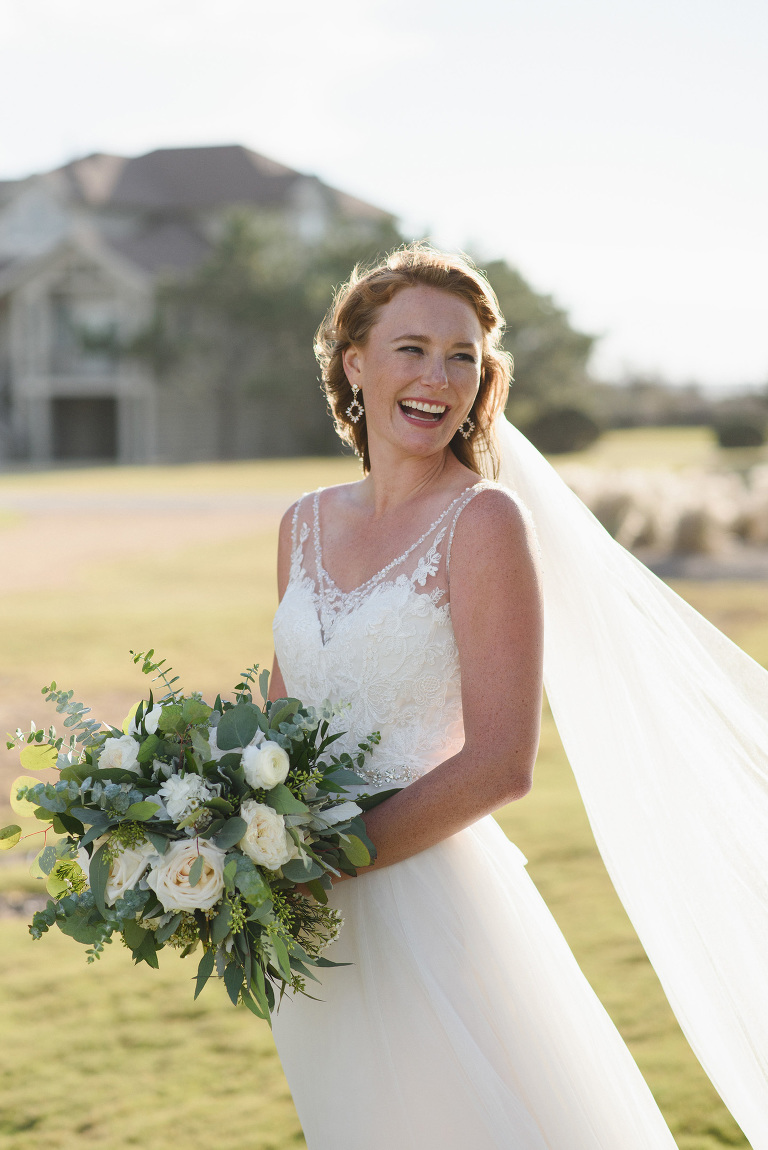 Outer Banks Destination Wedding Photographer Neil GT Photography Sanderling Resort Florals By Sugar Snap Events
